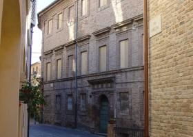 Palazzo de Scrilli già Montani